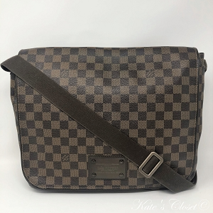 LOUIS VUITTON Brooklyn GM Damier Ebene Messenger Bag