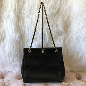 CHANEL Matelasse Chain Black Leather Shoulder Bag