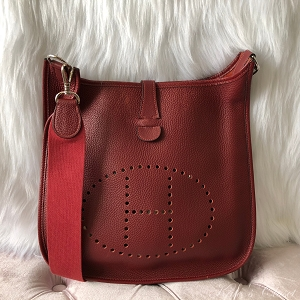 HERMES Evelyne I Togo Bordeaux Leather Cross Body Bag